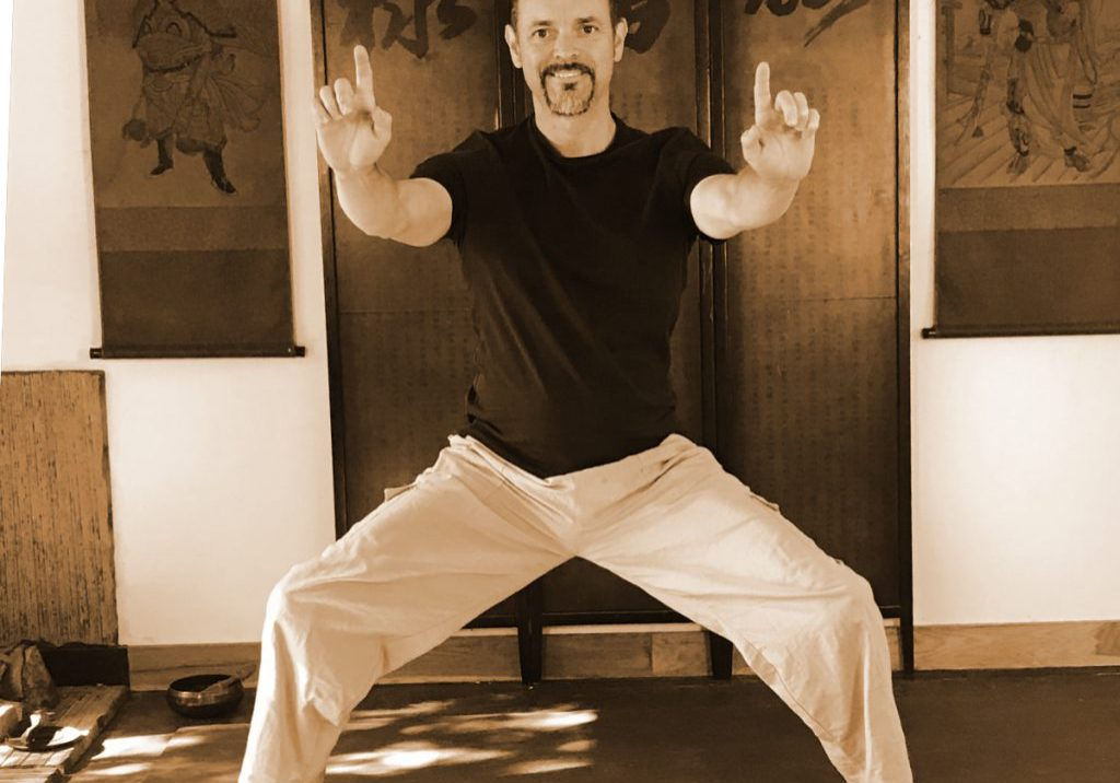 Sifu Tim Franklin Golden Bridge - Shaolin Kung Fu force training